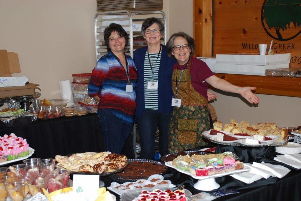 2019-04-27 - Set Up Desserts w Tammy-Kathy-Volunteer